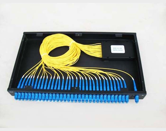 Chiny GR-1221 Compliance 1260~1650nm PLC Optical Fiber Splitter For Telecom Network dostawca