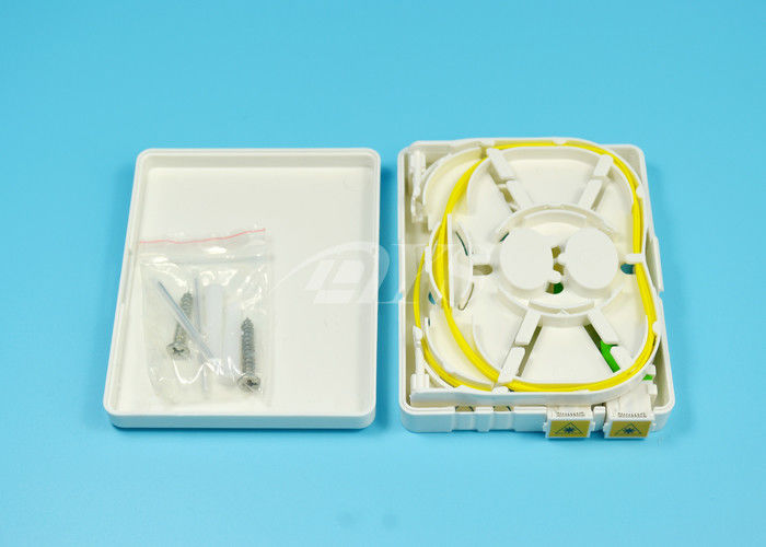 Chiny FTTH  Mini Fiber Optic Terminal Box For Local area networks dostawca
