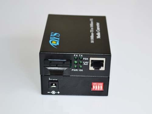 ROHS 100M LFP Optical Fiber Media Converter For CATV / Network dostawca